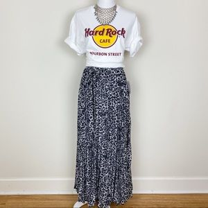 Lularoe Deanne Leopard wrap maxi pleated skirt